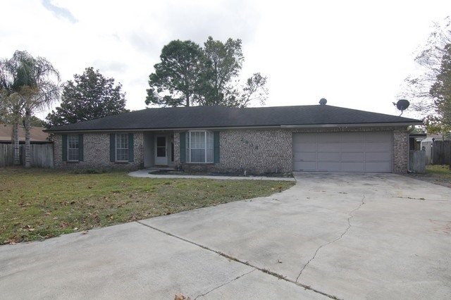 One of Single Story homes for sale at 2638 Grantham Cir