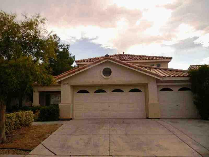 6069 Shadow Oak Dr, North Las Vegas, NV 89031