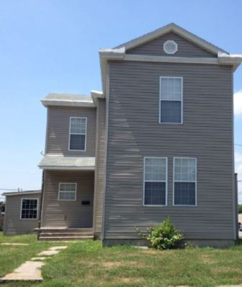 Photo of 210 N Benton St  New Athens  IL