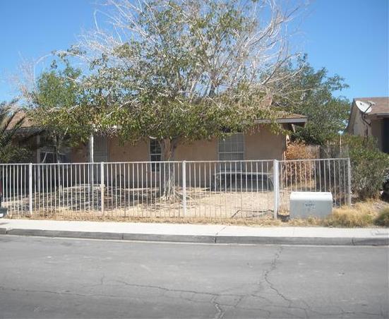 4120 Maple Hill Rd, Las Vegas, NV 89115