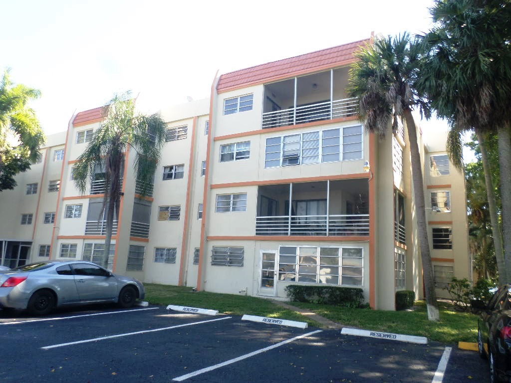 Photo of 2551 Nw 41 Ave 406  Lauderhill  FL