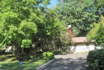 Photo of 10 Pear Tree Ln  Lafayette Hill  PA