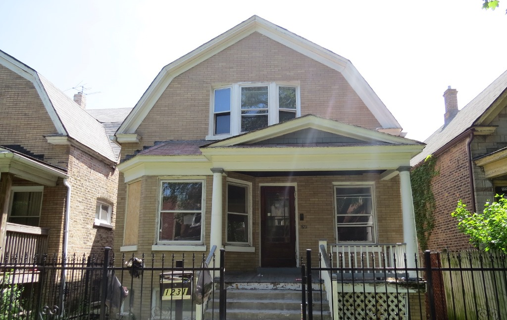 Photo of 1231 N Harding Ave  Chicago  IL
