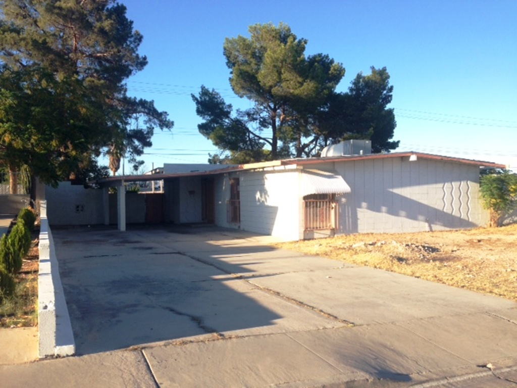 1924 Vegas Valley Dr, Las Vegas, NV 89169