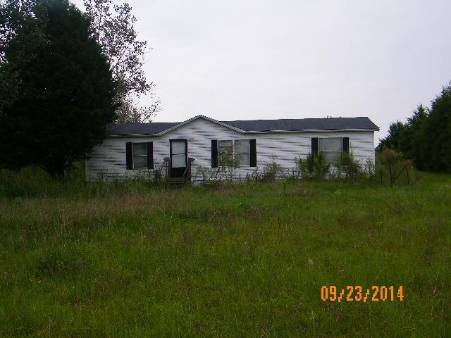 2297 Shaw Mill Rd, Saint Pauls, NC 28384