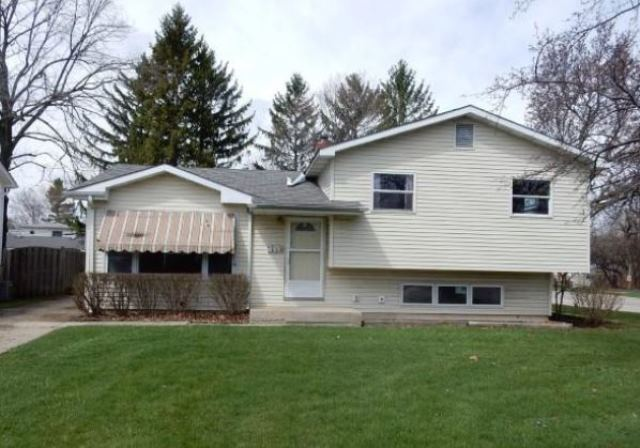 660 North Prairie Avenue, one of homes for sale in Mundelein