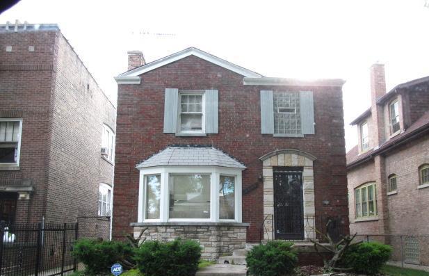 7940 S Crandon Ave, Chicago, IL 60617