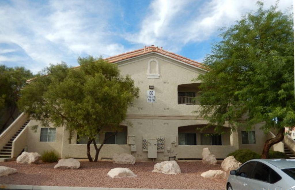 1881 W Alexander Rd # 2115, North Las Vegas, NV 89032
