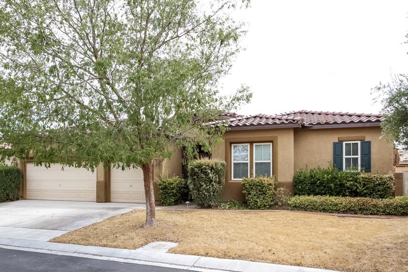 7245 Frontier Hills Ave, Las Vegas, NV 89113