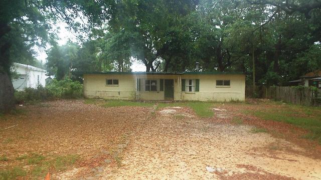 168 Live Oak St, Niceville, FL 32578