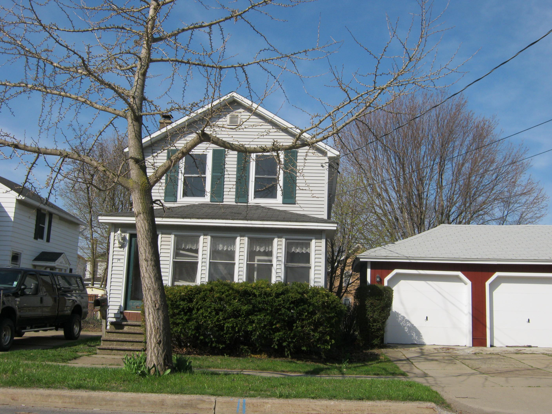 188 W 7th St, Oswego, NY 13126