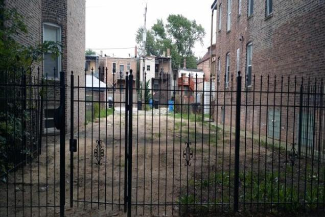 7245 S Champlain Ave, Chicago, IL 60619
