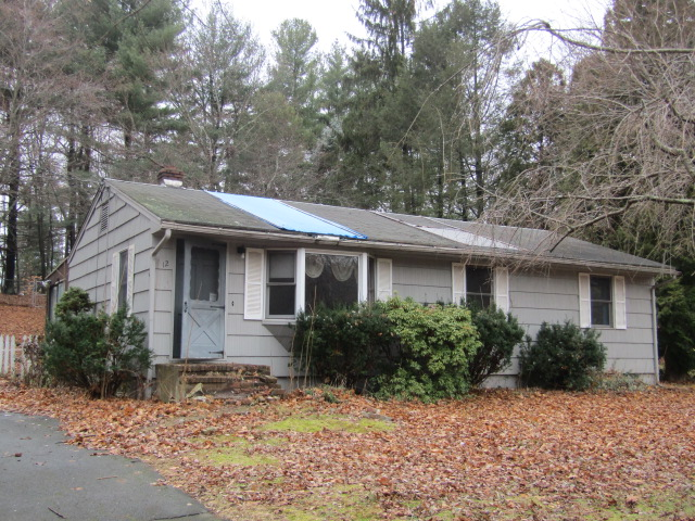 Photo of 12 Robin Ln  Cromwell  CT