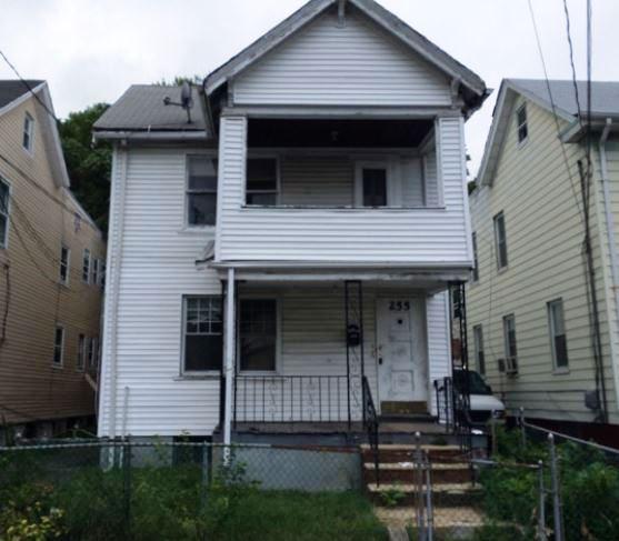 255 Vermont Ave, Irvington, NJ 07111
