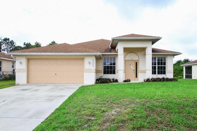 5305 7th St W, Lehigh Acres, FL 33971