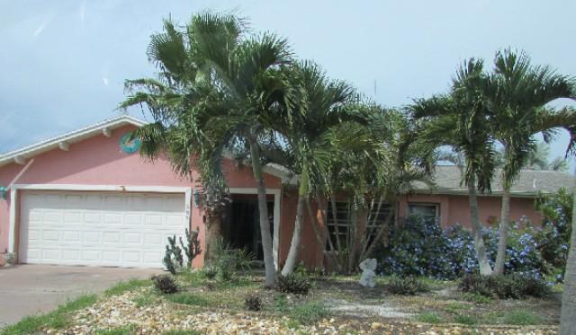 580 Coconut St, Satellite Beach, FL 32937