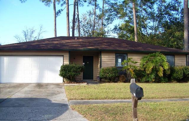 4393 Queensway Dr, Jacksonville, FL 32257