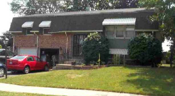 1437 Mitchell Trl, Elk Grove Village, IL 60007