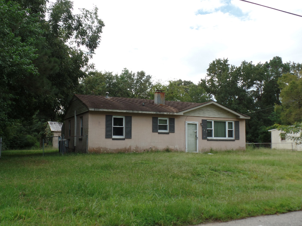 Photo of 213 Holly Ave  Goose Creek  SC