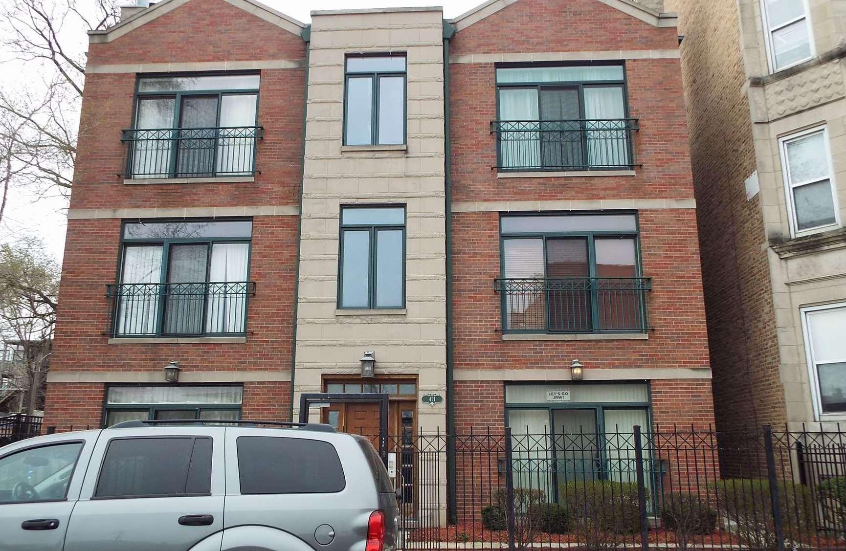 423 E 45th Pl, Chicago, IL 60653