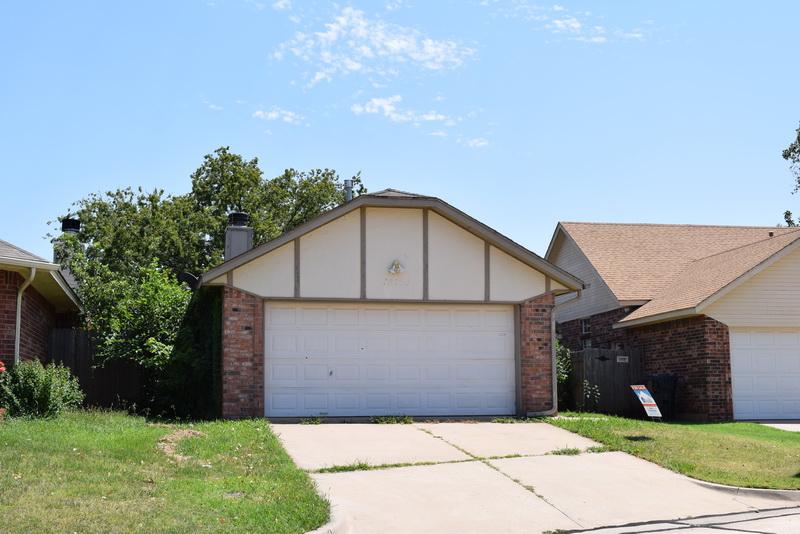 12504 Tealwood Dr, Oklahoma City, OK 73120