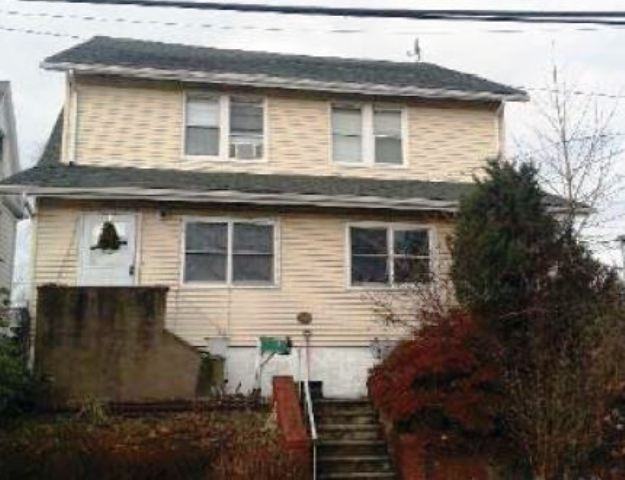 31 Union Ave, Nutley, NJ 07110