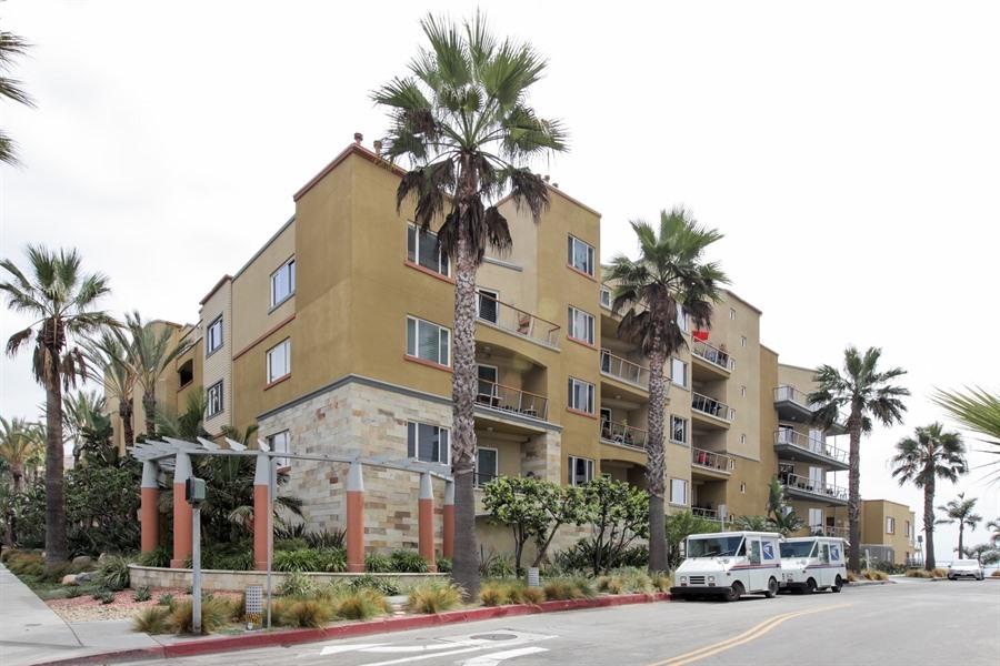 1400 E Ocean Blvd #2304 Long Beach, CA 90802