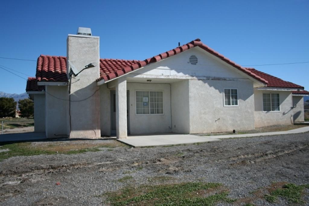 650 San Lorenzo St, Pahrump, NV 89048