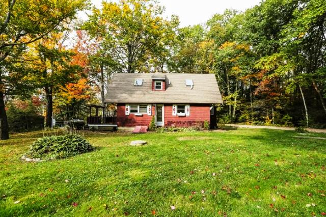 Photo of 60 Lakeview Dr  Leicester  MA