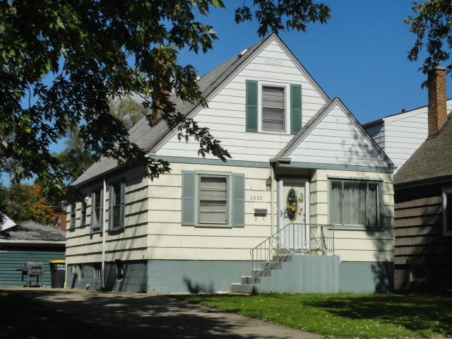 3652 Adams St, Lansing, IL 60438
