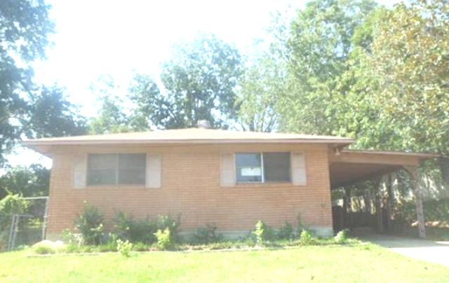 3825 Oakcrest St, Shreveport, LA 71109