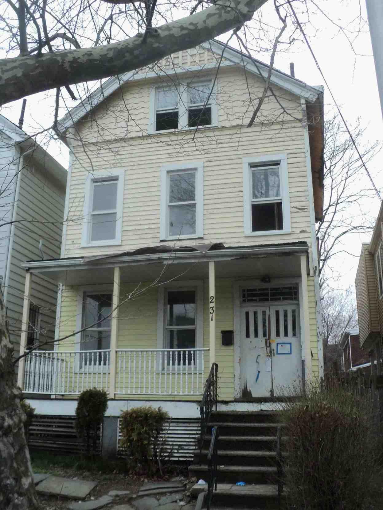 Photo of 231 Lincoln Ave  Orange  NJ