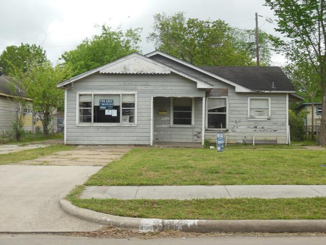 307 W Houston Ave, Pasadena, TX 77502