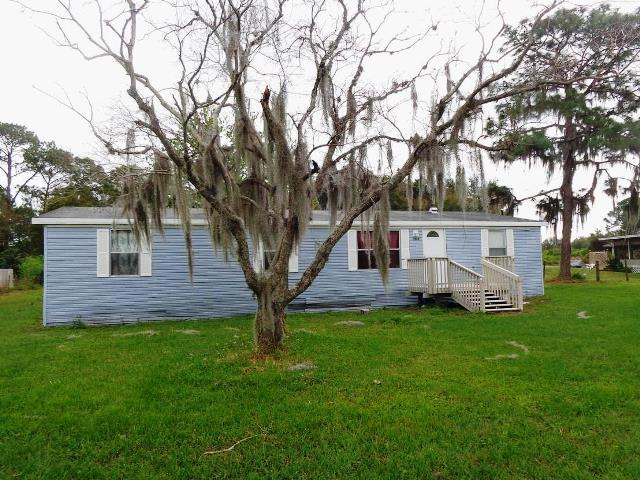 2068 Meadow Oak Cir, Polk City, FL 33868