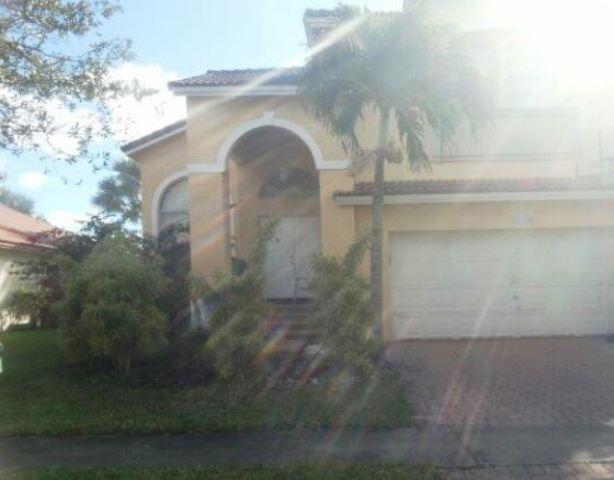 18428 Nw 9th St, Pembroke Pines, FL 33029