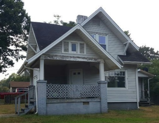 606 3rd St SW, Hickory, NC 28602