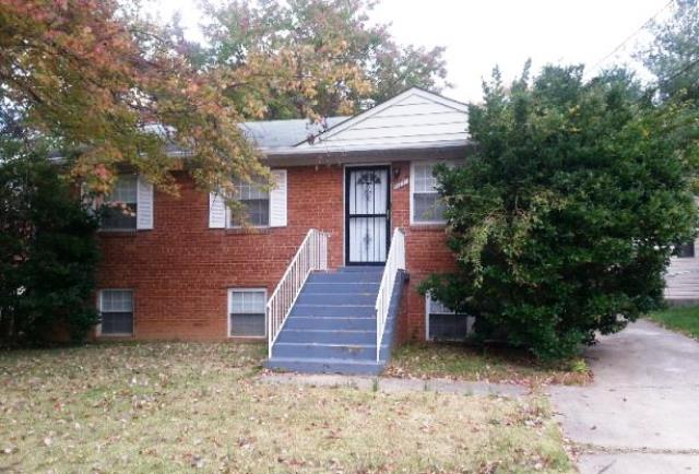 111 68th Pl, Capitol Heights, MD 20743