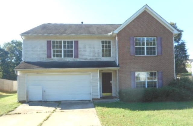 Photo of 718 Langley Ct  Clover  SC