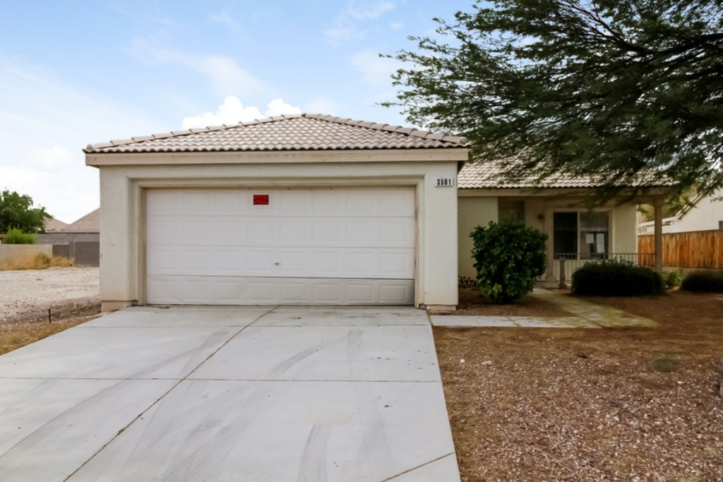 3501 Chedworth Rd, North Las Vegas, NV 89031