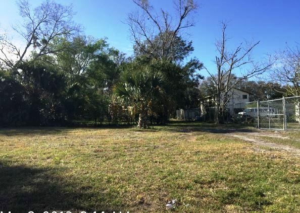 1601 W 10th St, Sanford, FL 32771