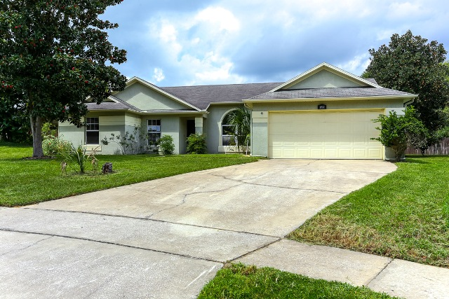 Photo of 1717 Country Chalet Ct  Apopka  FL