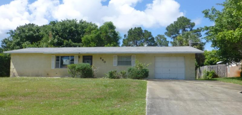 890 Se Sweetbay Ave, Port St. Lucie, FL 34983