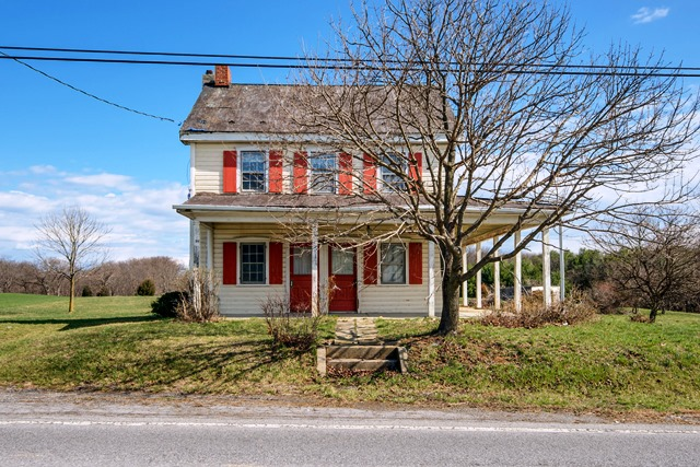 16324 Fairview Rd, Hagerstown in  County, MD 21740 Home for Sale