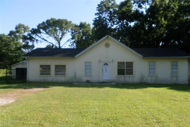10244 Memorial Hwy,Town and Country  FL