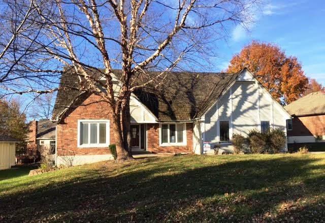 2620 NW Bent Tree Cir, Lees Summit Single Story for Sale