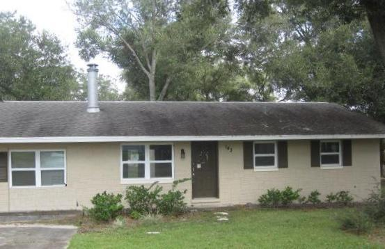 143 Shenandoah Ave, Lady Lake, FL 32159