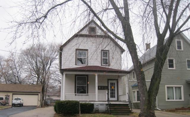 436 N County St, Waukegan, IL 60085