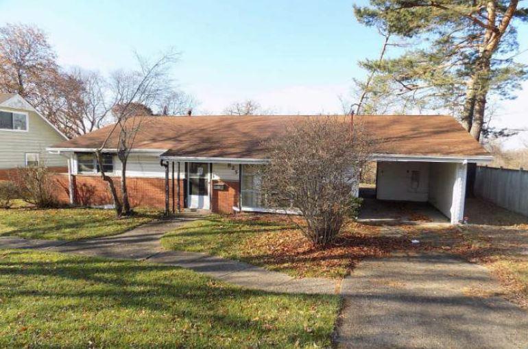 Photo of 825 Garden City Dr  Monroeville  PA