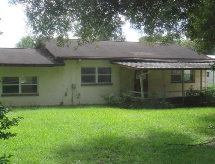 18310 Lawrence Rd, Dade City, FL 33523