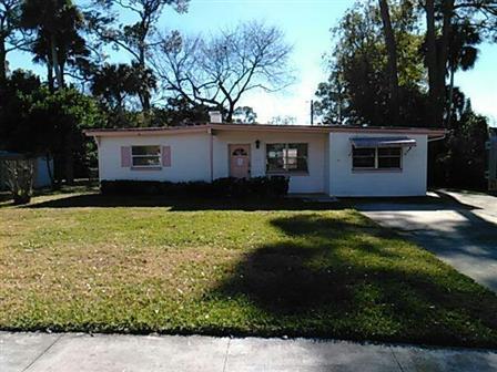 2246 Garfield Dr, South Daytona, FL 32119